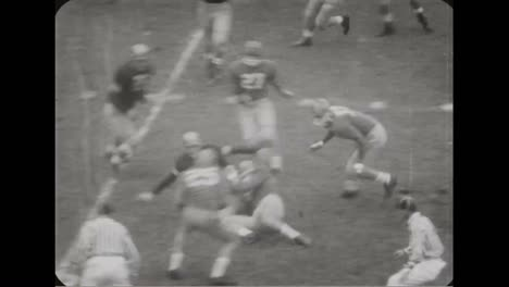 Notre-Dame-Football-Game-In-1957