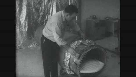 In-Arizona-In-1967-Dead-Bodies-Are-Being-Preserved-Through-Freezing