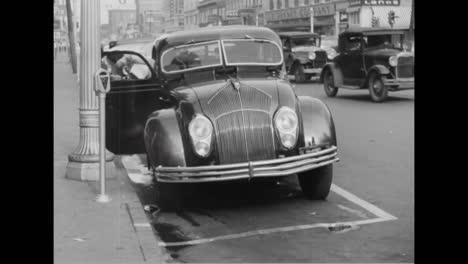 Eine-Nickelgebühr-Führt-Dazu-Dass-Diese-Stadt-1935-Parkuhren-In-Der-Nähe-Von-Einkaufsvierteln-Aufstellt