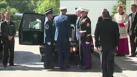 Honor-Guard-Members-Carry-The-Casket-Of-Senator-Ted-Stevens-During-A-Military-Funeral-1