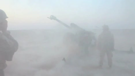 Afghan-Soldiers-Fire-Artillery-At-The-Enemy-2