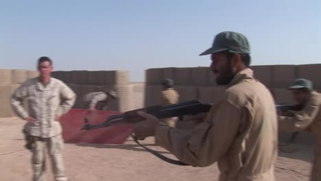 Afghan-Police-And-Soldiers-Are-Taught-Tactics-By-The-Us-Army-4