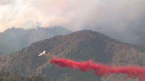 Fixed-Wing-Aircraft-Make-Fire-Retardant-Drops-On-The-High-Park-Fire-Burns-In-Colorado-4
