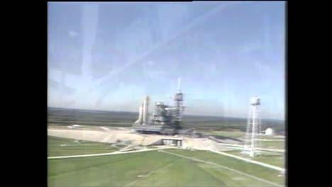 El-Hielo-En-La-Plataforma-De-Lanzamiento-Afecta-El-Lanzamiento-Del-Transbordador-Espacial-Challenger-Y-Conduce-Al-Desastre-