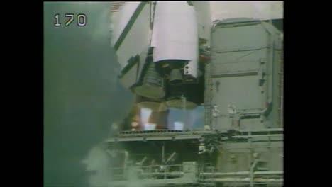 Der-Space-Shuttle-Herausforderer-Explodiert-Am-28-Januar-1986