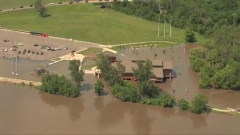 The-Missouri-River-Floods-In-June-2011-2