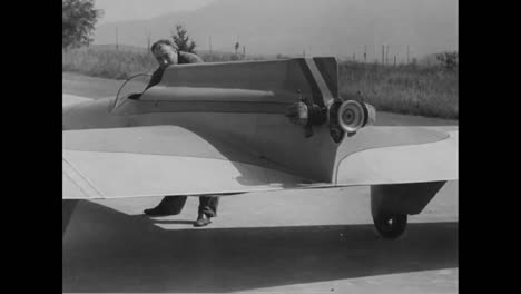 A-New-Plane-With-A-Tiny-Motor-Is-Tested-In-Italy-In-1936