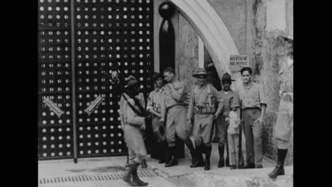 Cuban-Military-Personnel-Stay-Safe-In-Ancient-Fort-As-Uprising-Spreads-In-1933