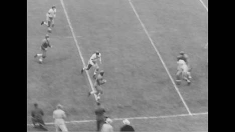 Northwestern-Beats-Minnesota-In-A-1938-Football-Game