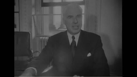 Archibald-Macleish-Da-Un-Discurso-En-La-Conferencia-De-Seguridad-De-San-Francisco-En-1945