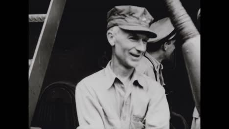 American-Journalist-Ernie-Pyle-Is-Killed-By-A-Japonés-Sniper-During-World-War-Two