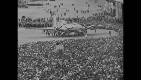 The-Last-B17-Airplane-Is-Rolled-From-The-Boeing-Seattle-Plant-In-The-1940S