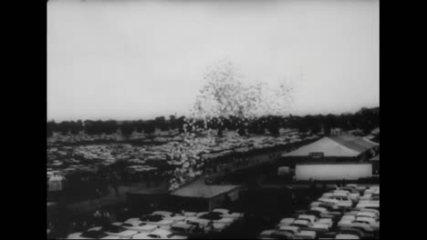 A-Scaffold-Falls-At-The-Indianapolis-Motor-Speedway-Killing-2-People-In-1960
