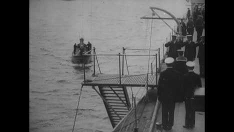 Naval-Officers-Salute-Other-Officers-Boarding-The-Vessel-In-1918