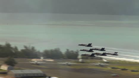 The-Blue-Angels-Fly-In-Formation-At-An-Airshow-3