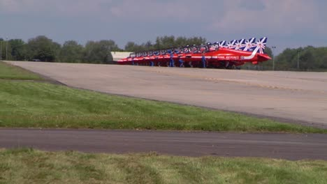 The-Raf-Red-Arrows-Taxiing-At-Fairford-Uk