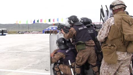 Chinese-Troops-Practice-Suppressing-Protests-And-Dissent-3