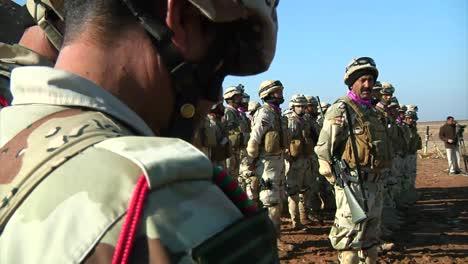 El-Ejército-Iraquí-Practica-Fuego-De-Mortero-En-Kirkush-Bajo-La-Supervisión-Y-Capacitación-De-Los-Estados-Unidos