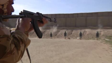 Iraqi-Army-Soldiers-Are-Trained-By-Americans-At-A-Firing-Range-In-Iraq