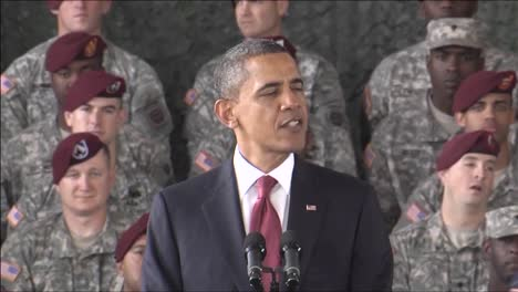 President-Barack-Obama-Speaks-About-Ending-The-War-In-Iraq-13