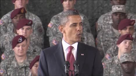 President-Barack-Obama-Speaks-About-Ending-The-War-In-Iraq-16