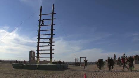 Marines-En-Entrenamiento-Básico-Compiten-En-Varios-Ejercicios-De-Entrenamiento-2