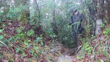 Marines-Are-Trained-In-Jungle-Warfare-4