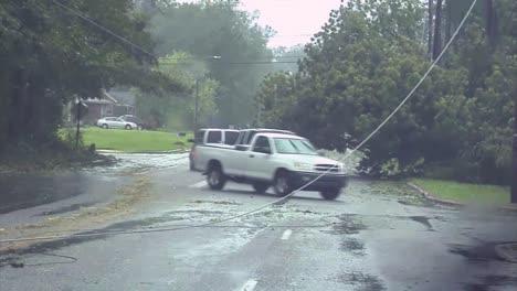 Hurricane-Irene-Slams-Into-North-Carolina-In-2011-2