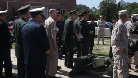 Chinese-Officials-Inspect-Us-Military-Equipment-Led-By-Minister-Of-Defense-Liang-Guanglie-Visits-Camp-Lejeune-Nc-2