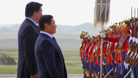 Chinese-Leaders-Greet-Mongolian-Warriors-In-Full-Costume-At-An-Official-Ceremony
