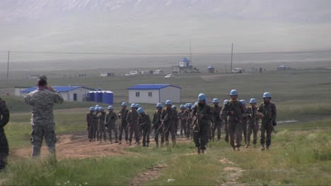 Us-Soldiers-Train-Mongolian-Armed-Forces-In-Various-Commando-Measures