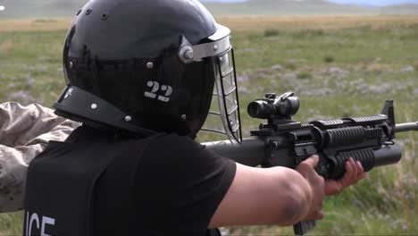 Us-Soldiers-Train-Mongolian-Police-Commando-Teams-And-Armed-Forces-At-A-Firing-Range-3