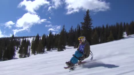 A-Wounded-Veteran-Competes-In-Winter-Sports-At-A-Ski-Resort-2