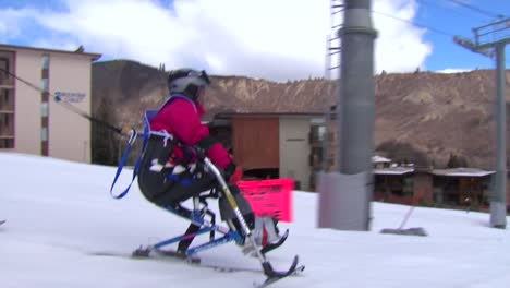 A-Wounded-Female-Veteran-Competes-In-Winter-Sports-At-A-Ski-Resort