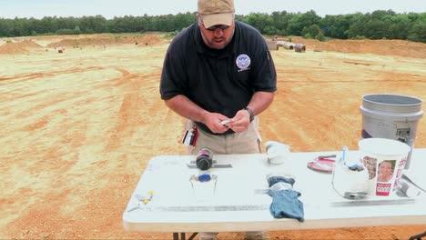 Los-Agentes-De-La-Tsa-Están-Capacitados-Para-Reconocer-Bombas-Y-Otros-Materiales-Peligrosos-