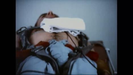 Los-Astronautas-Estadounidenses-Se-Preparan-Para-Un-Vuelo-Espacial-En-1970-2