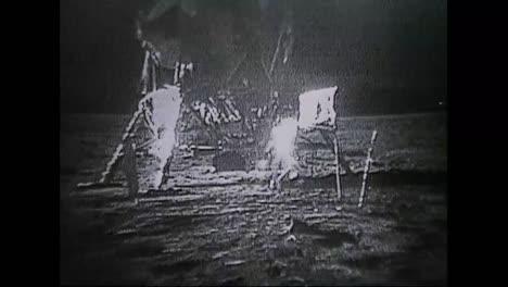 Astronautas-Del-Apolo-11-Caminan-Sobre-La-Luna