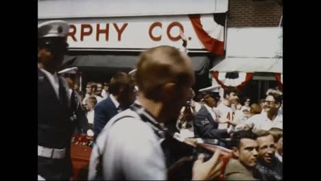 Crowds-And-Parades-Greet-The-Astronauts-Returning-From-The-Moon-And-The-Apollo-11-Mission-4