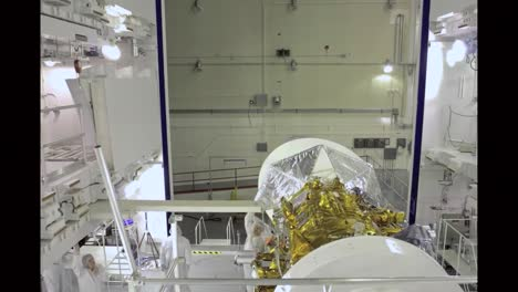Scientists-Assemble-The-Aquarius-Satellite-In-Time-Lapse-And-Test-Its-Solar-Panels