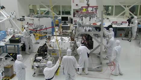 Nasa-Scientists-Work-In-The-Lab-To-Build-The-Mars-Rover