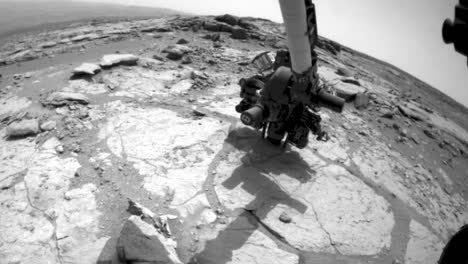 Nasa-Curiosity-Rover-Drills-Into-And-Takes-Rock-Samples-On-Mars