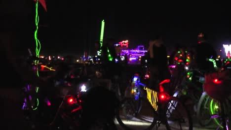 Escenas-Nocturnas-Del-Festival-Del-Hombre-Ardiente-De-2014-En-El-Desierto-De-Black-Rock-De-Nevada-1