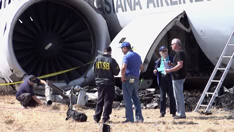 Footage-Of-The-Asiana-Airlines-Crash-In-San-Francisco-In-2013-1