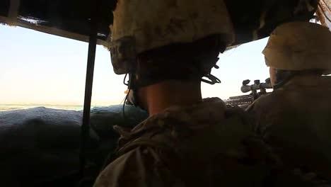 Los-Soldados-Mantienen-Un-Puesto-De-Francotiradores-En-Las-Colinas-De-Afganistán-
