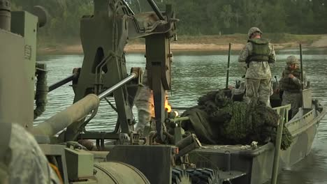 Us-Army-Troops-Practice-A-River-Assault-Operation