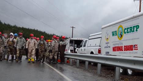 Soldiers-And-National-Guard-Troops-Assist-In-Search-And-Rescue-Operations-Following-A-Huge-Landslide-In-Oso-Washington