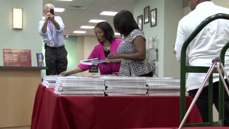The-Us-Government-Printing-Office-Prepares-The-Us-Budget-1