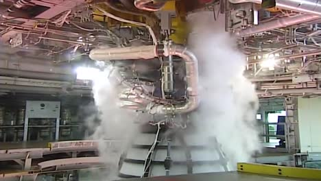 Nasa-Test-Fires-A-Rs25-Engine-Rocket-Booster-For-Spacecraft-1