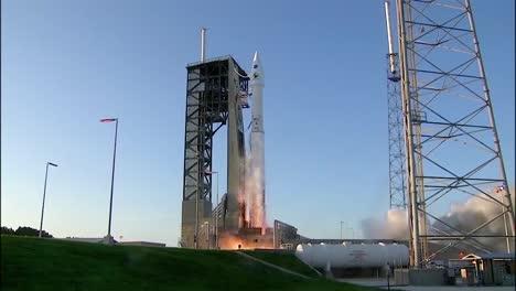 Nasa-Launches-A-Mission-To-Explore-Asteroids-In-Espacio