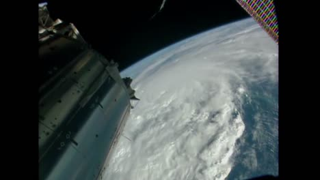 A-Massive-Storm-Hurricane-Matthew-Forms-As-Seen-From-The-International-Space-Station